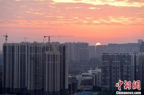 资料图:楼市。中新社记者 刘忠俊 摄